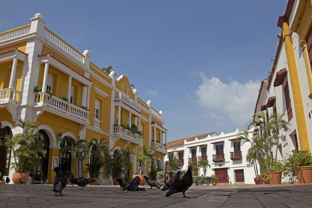 Kolonial anmutende Häuserfassaden in Cartagena an der Karibikküste
