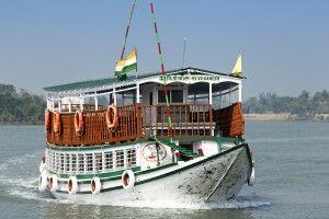 Beobachtungsschiff im Sundarbans NP