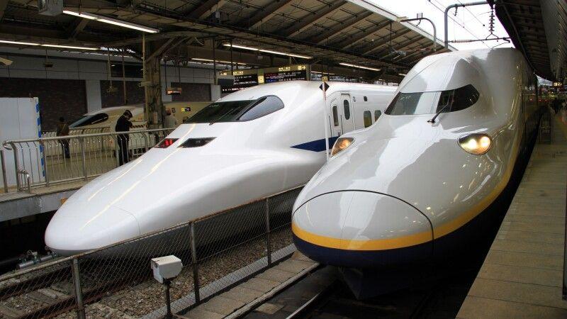 Bullettrain - Shinkansen © Diamir