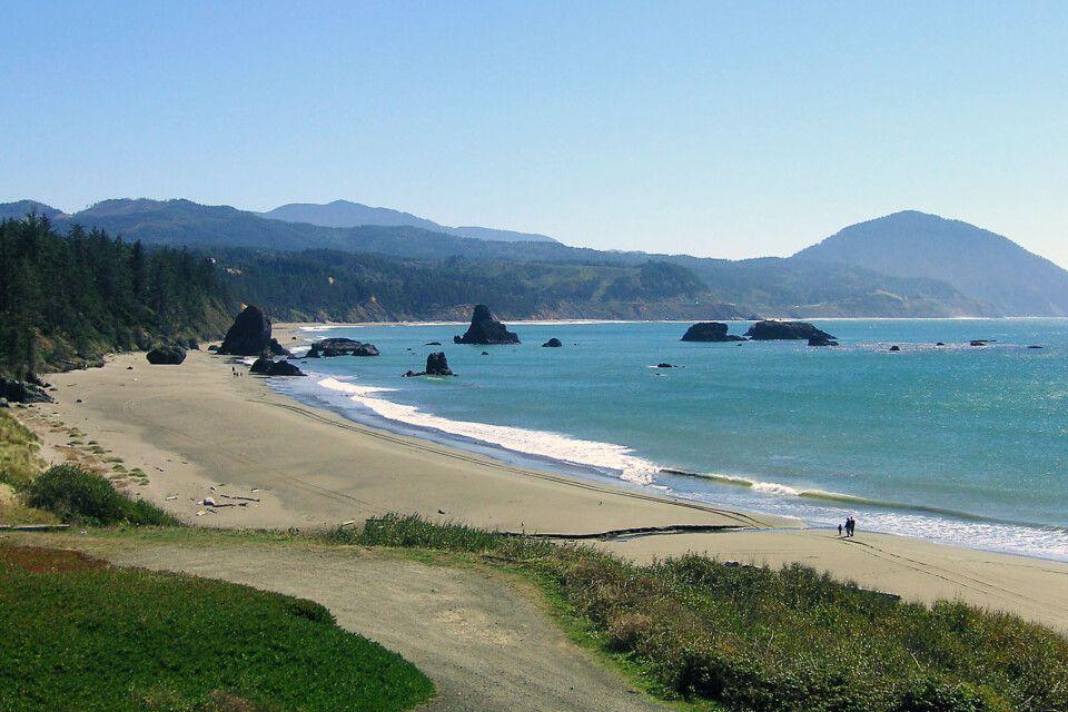 Blick entlang der Küste Oregons