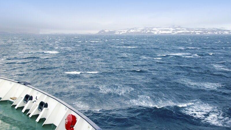 Raue See an der Antarktischen Halbinsel © Diamir