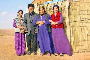 Familie in Wüste Karakum