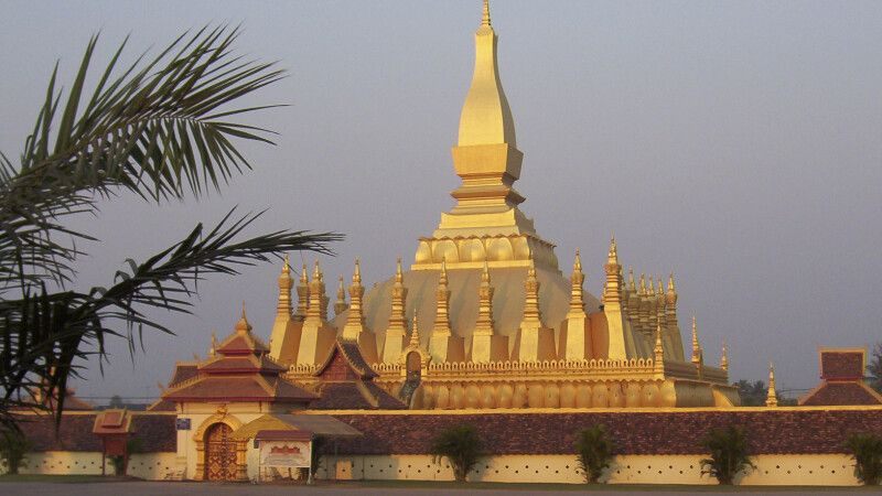 That Luang in Vientiane © Diamir