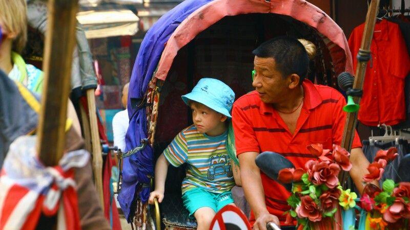 Rikscha-Fahrt in Kathmandu © Diamir