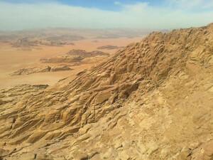 Ergebnisse allgegenwärtiger Erosion im Wadi Rum