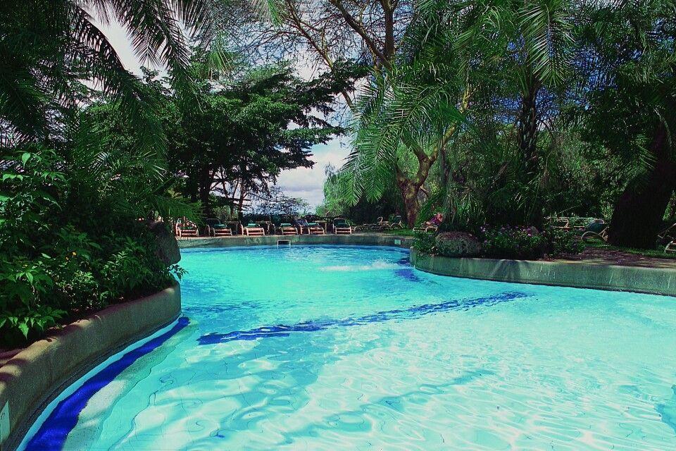 Pool der Amboseli Serena Safari Lodge
