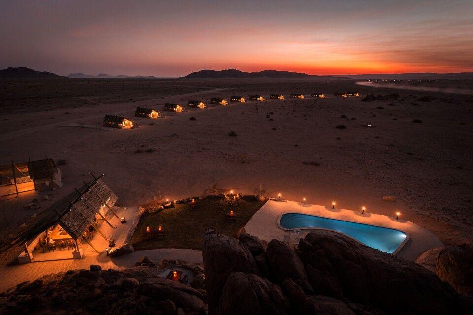 Das Desert Quiver Camp im Abendlicht