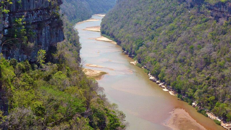 Flusslandschaft © Diamir