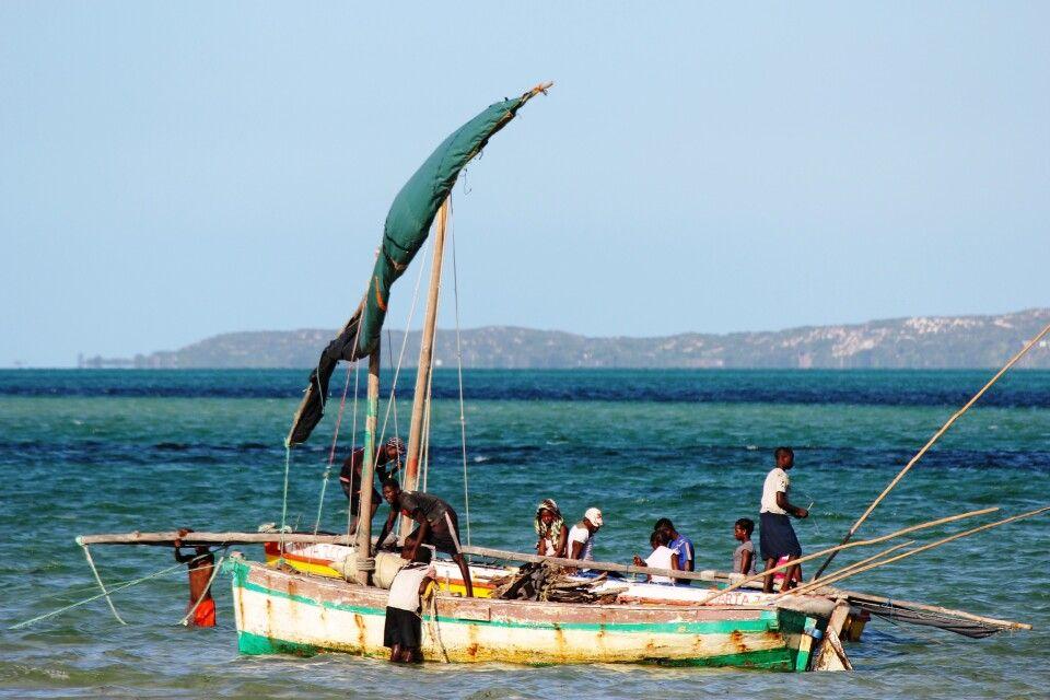 Traditionelle Dhau vor der Bazaruto-Insel, Vilankulo