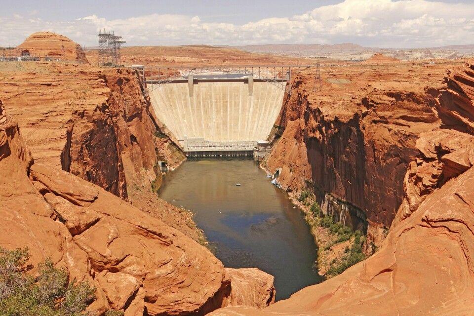 Der Glen-Canyon-Damm bei Page bietet ein tolles Bild