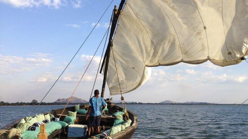 Dhow auf dem Malawisee © Diamir