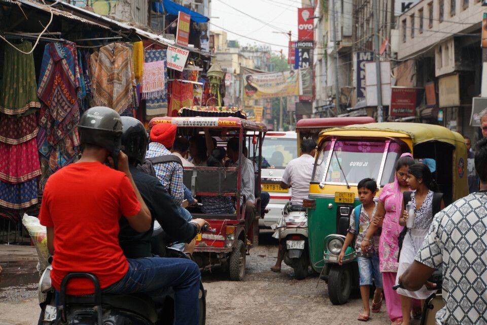Delhi - Sich mit einer Rikscha durch das liebenswerte chaotische Delhi fahren lassen