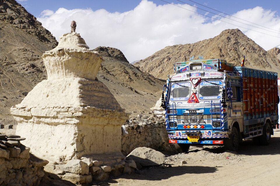 Giganten des Himalaya - eine etwas andere Trucker-Realität