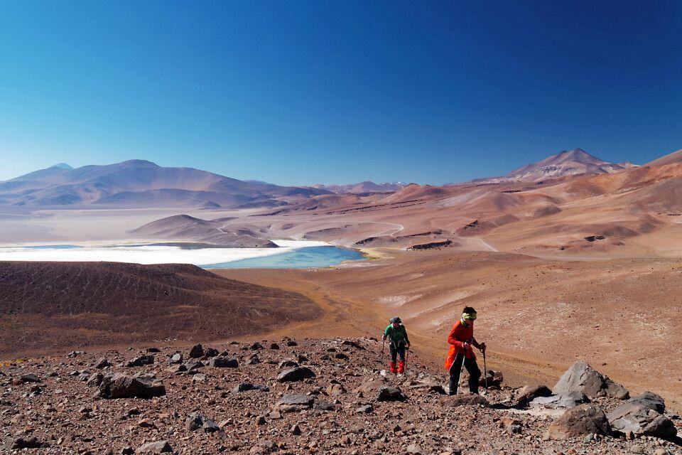 Akklimatisationsgipfel Siete Hermanos mit der Lagune Santa Rosa
