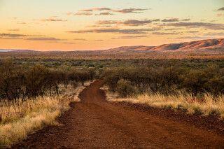 Straße von Tom Price zum Karijini-Nationalpark