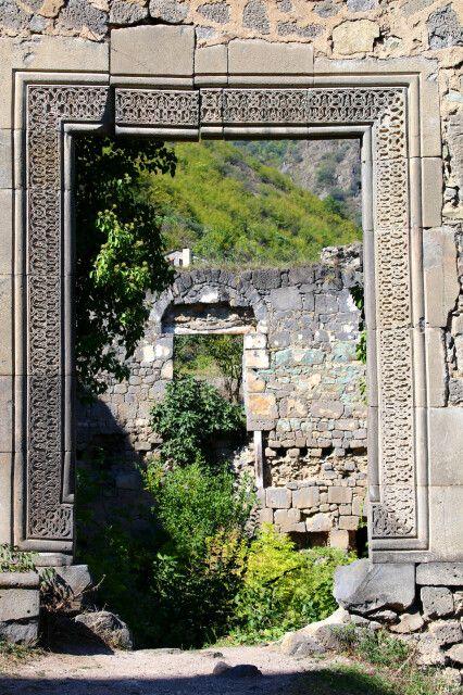 Nebengebäude der Kirche Achthala