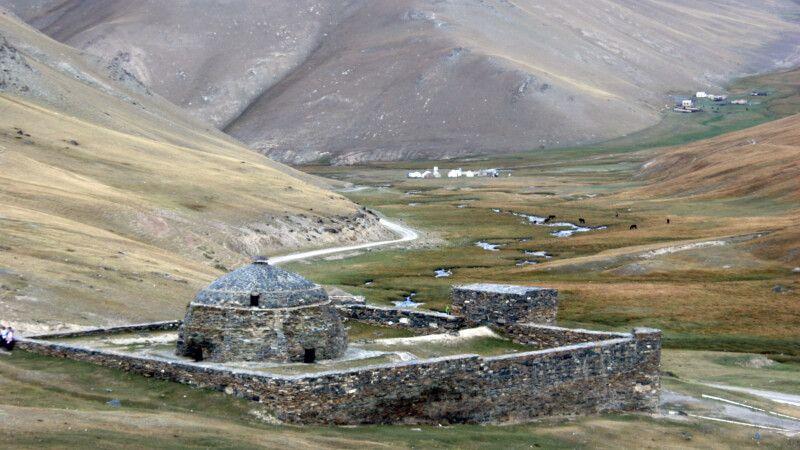 Tash Rabat Karawanserei in Kirgistan © Diamir
