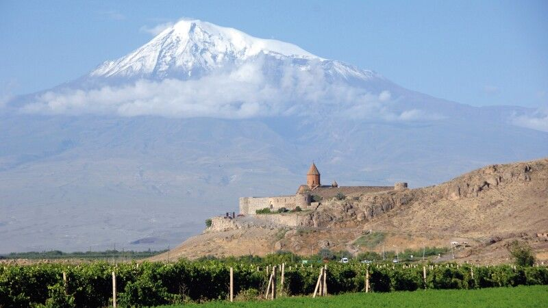 Kloster Chor Virap und Ararat © Diamir